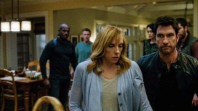 Hostages (S01E02): Invisible Leash Summary - Season 1