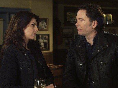 Leverage (S04E12): The Office Job Summary - Season 4 Episode