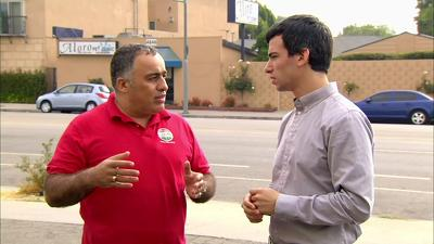 Nathan For You (S01E06): Funeral Home / Burger Joint