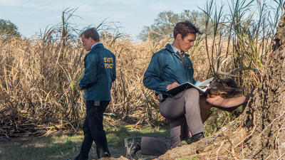 True Detective (S01E01): The Long Bright Dark Summary