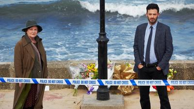 Vera (S04E01): On Harbour Street Summary - Season 4 Episode